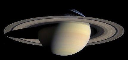 saturne_par_sonde_Cassini.jpg